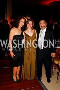 Elizabeth Futral, Paula Hisaoka, Robert Hisaoka. Photo by Kyle Samperton