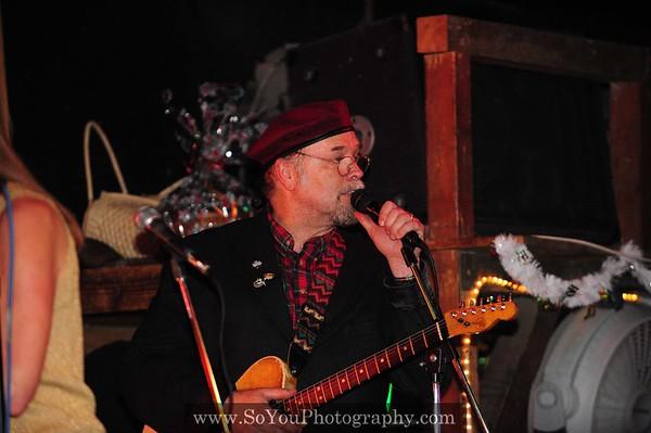 2008-12-24, Cowboy Palace Saloon