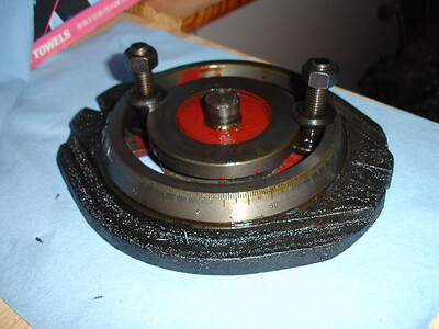 Milling vise swivel base