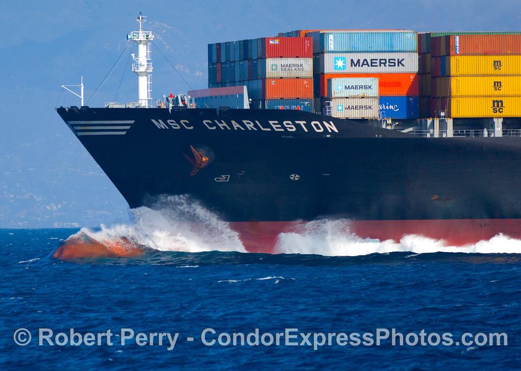 vessel containter ship msc Charleston bulbous bow 2008 11-02 SB Channel - 074modCROP