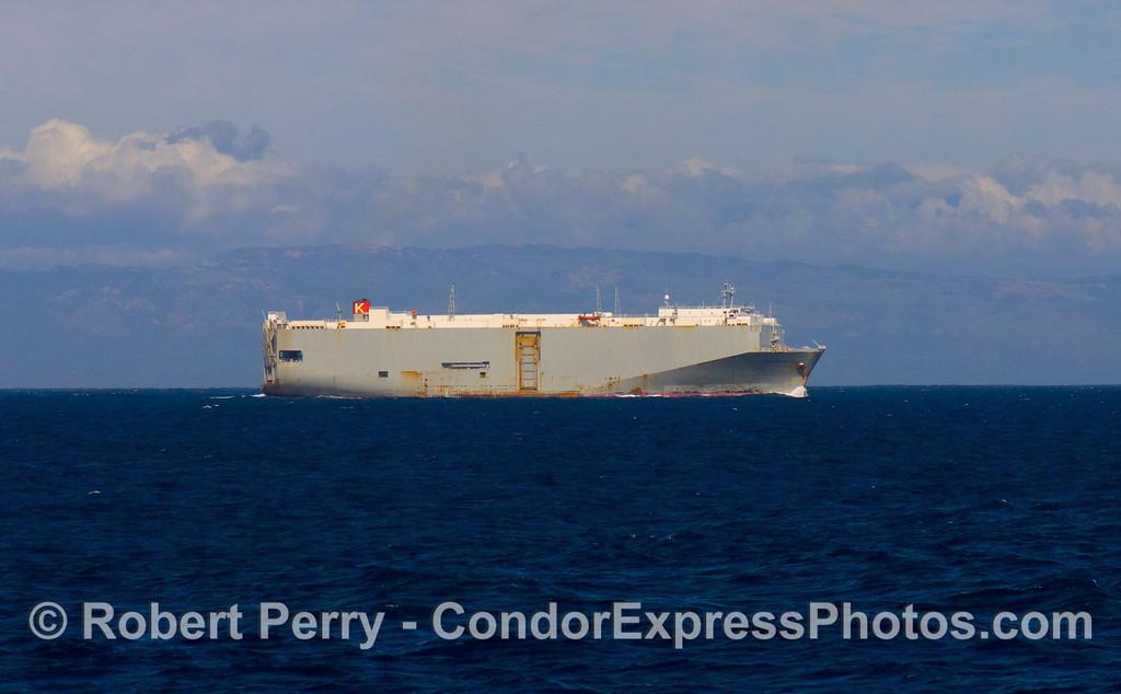 vessel car carrier Century Highway 2 - 2008 11-02 SB Channel - 030modCROP