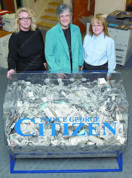 Citizen photo by Brent Braaten Cheryl Stewart, Citizen Advertising consultant, Faye Hallet Integris Credit Union Board member and Wendy SchmidtIntegris Credit Union Board member.