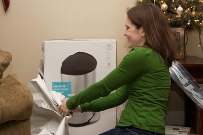 Tessa got a new trashcan!