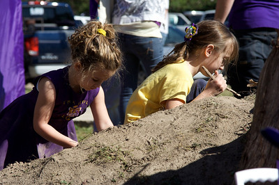 These girls were having a blast playing in the dirt!