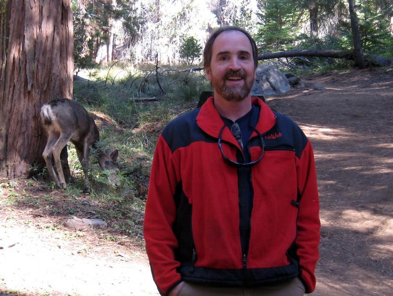 Oct2008 Yosemite Paul and Deer
