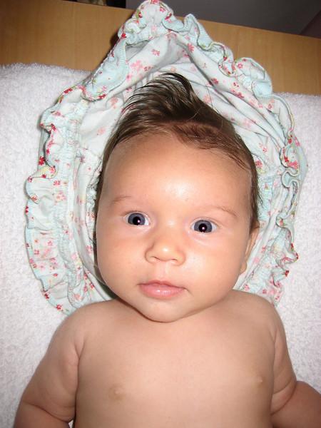 Evelyn Reihe 3 months