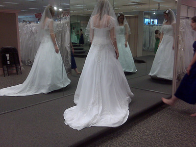 2008_1206_Wedding Dress Shopping