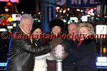 NEW YORK-DECEMBER 31:  Former President Bill Clinton, Georgina Bloomberg, Diana Taylor, New York City Mayor Michael Bloomberg and Senator Hillary Clinton join in pushing down Waterford Crystal button that signals descent of New Years Eve Ball at 2009 Times Square New Years Eve Celebration Presented by Times Square Alliance at the crossroads of the world, Duffy Island, between 46th and 47th Street in Times Square, New York City on  Wednesday, December 31, 2008 (Photo Credit: Christopher London/ManhattanSociety.com)