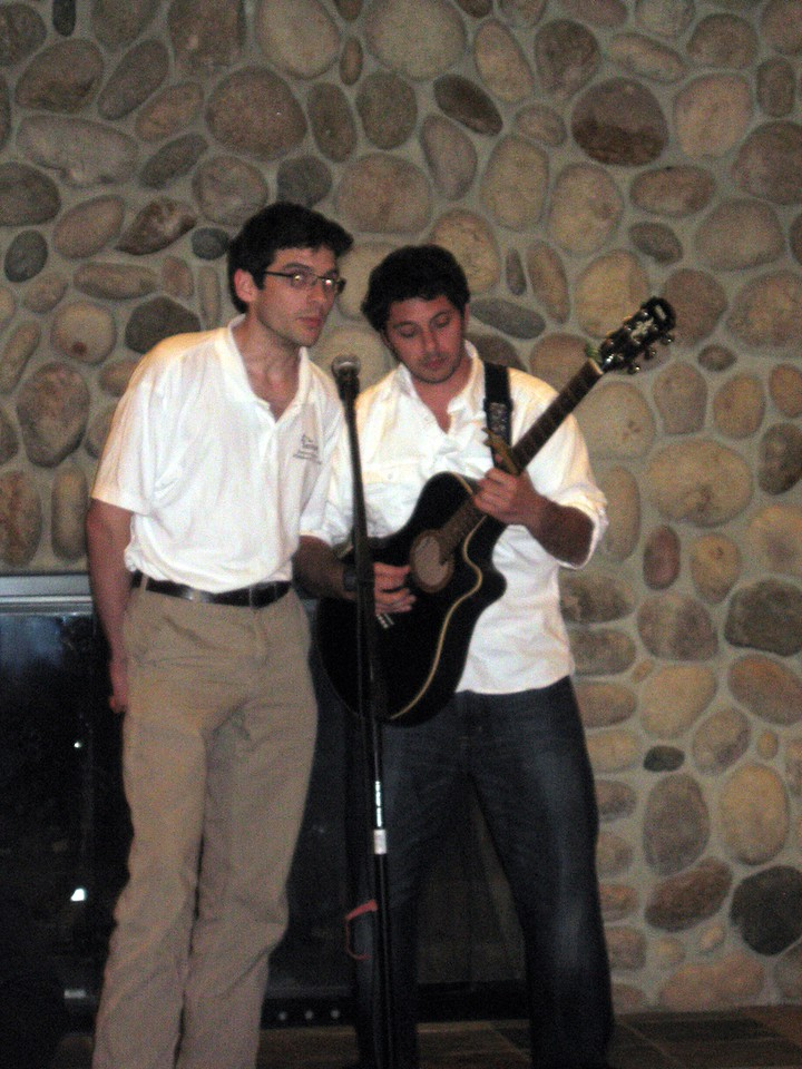 Hunter (stepbrother of the groom) and Sacha (friend of the bride and groom) perform If I Had a Boat