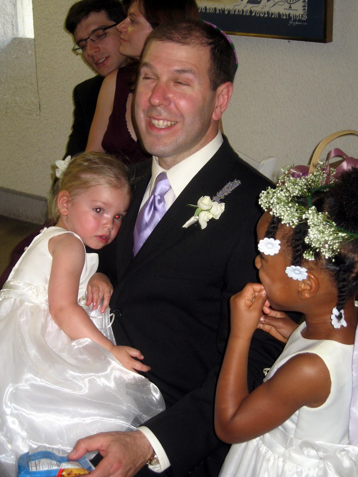 David (brother of the bride) with daughters Ariella and Shira (flower girl)