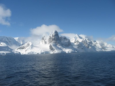 Lemaire Channel peaks - Andrew Gossen
