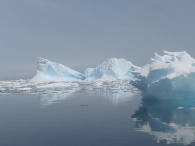 More berg reflections - Andrew Gossen
