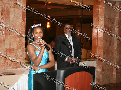 Glenn Hines Boys & Girls Club Youth of the Year, Ms. Dotrine Jacobs says a few words during the club's 1st Dinner Dance held at Anthony's Pier Nine in New Windsor on Friday, October 3, 2008.