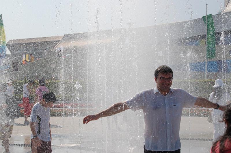 Matt in the fountain