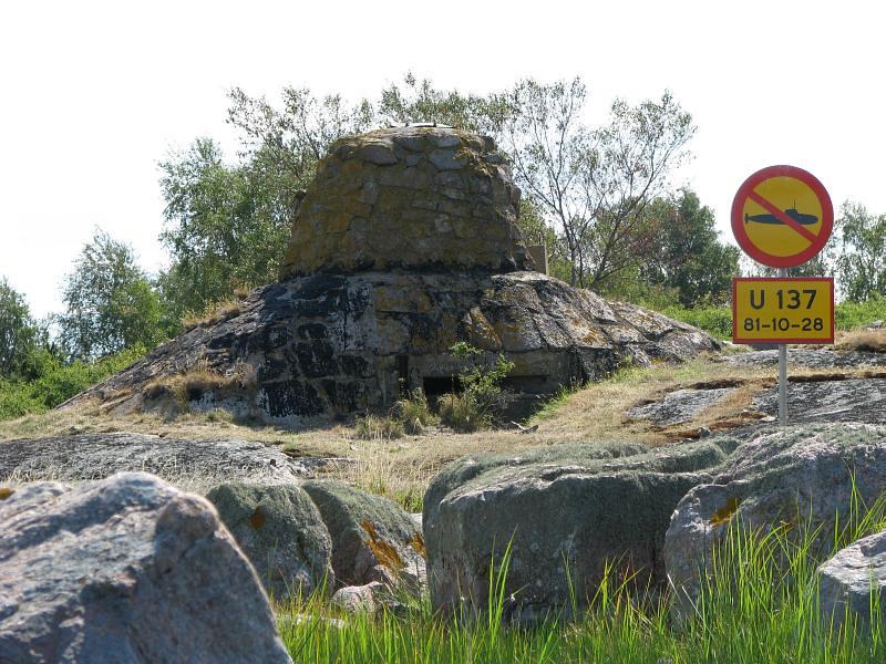 Torhamnaskär monument över ubåten som gick på grund