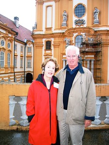 Charlie and Suzy in Melk - Livia McCarthy