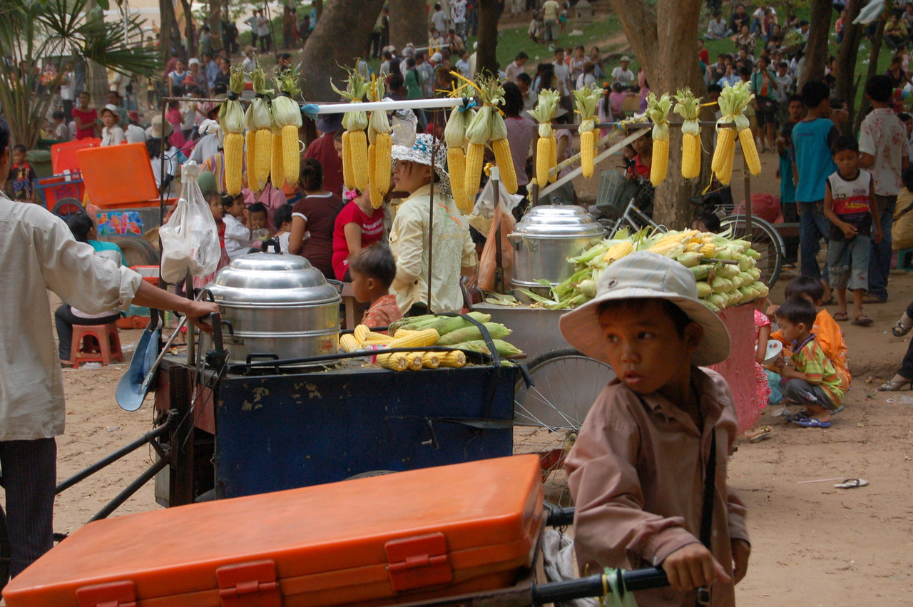 Corn seller, National Day, Phnom Penh