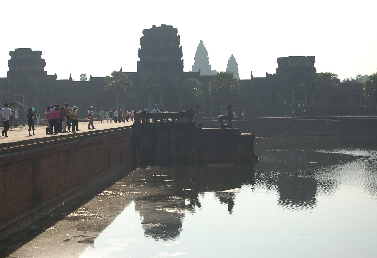 Angkor Wat: early