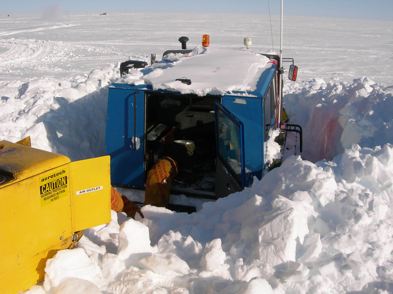 "Preheating the Flexmobile before starting it.<br /> <br /> Forvarmning af Flexmobilen inden den startes.<br /> <br /> Photo: Jim Hedfors (Swedish Geotechnical Institute), NEEM ice core drilling project,  <a href=""http://www.neem.ku.dk"">http://www.neem.ku.dk</a>"