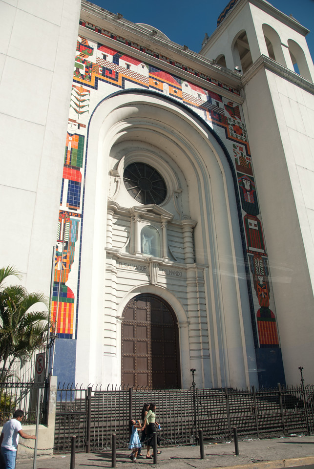 Front facade of the catedral.