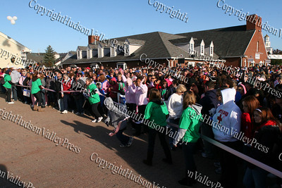 Over 10,000 people begin their walk, as the ribbon is cut at the American Cancer Society's Making Strides Against Breast Cancer 5K walk at Woodbury Common Premium Outlets on Sunday, October 19, 2008.