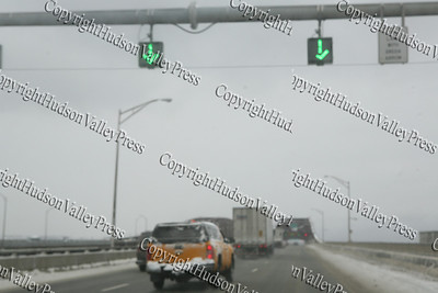 The first major snow storm of the 2008-2009 season, hit on Friday, December 19, 2008, left 10 inches of snow around the Hudson Valley. Cars travel at 35 mph across the Newburgh Beacon Bridge.