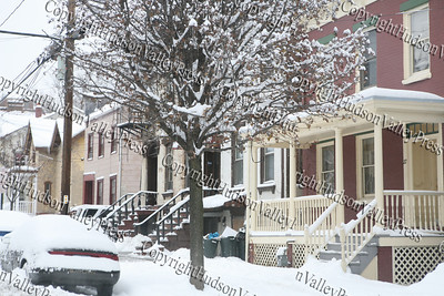 The first major snow storm of the 2008-2009 season, hit on Friday, December 19, 2008, left 10 inches of snow around the Hudson Valley. Dubois Street in the City of Newburgh.