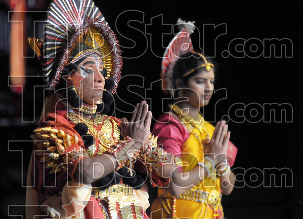 Authentic: Traditional Indian dancers entertain a large gathering at Hulman Center Sunday evening. The Taste of India is a fundraising event for the Red Cross.
