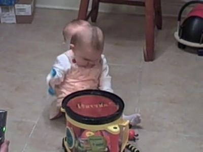 """December 13, 2008 - Anna """"shake, shake, shakes!"""""""