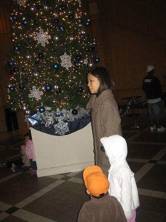 December 9, 2008 - MV City Hall Tree Lighting