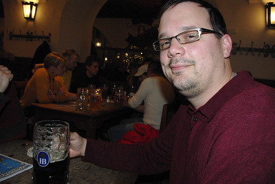 Amazingly, I had four of those beer this night... 4L of beer.