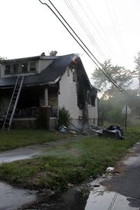 2008_detroit_house_fire_evanston_and_barrett-2 (101394254)