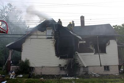 2008_detroit_house_fire_evanston_and_barrett-4 (101394257)