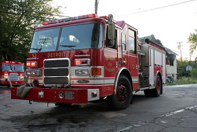 2008_detroit_house_fire_evanston_and_barrett-6 (101394259)
