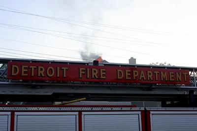 2008_detroit_house_fire_evanston_and_barrett-3 (101394256)