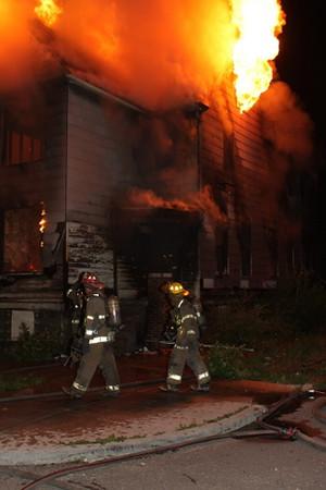 2008_detroit_house_fire_joseph_campau_at_e_ferry_pic-08 (101394154)
