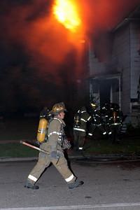 2008_detroit_house_fire_joseph_campau_at_e_ferry_pic-18 (101394164)