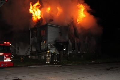 2008_detroit_house_fire_joseph_campau_at_e_ferry_pic-15 (101394161)