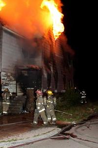 2008_detroit_house_fire_joseph_campau_at_e_ferry_pic-07 (101394153)