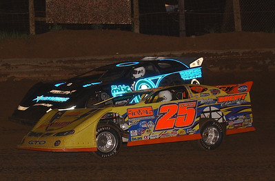 Shane Clanton and Scott Bloomquist