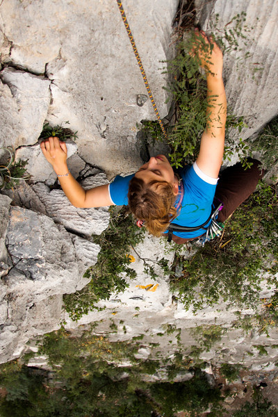 Beautiful limestone decorated with foliage leads Tracy along on <i>Blind Faith 5.11</i>.