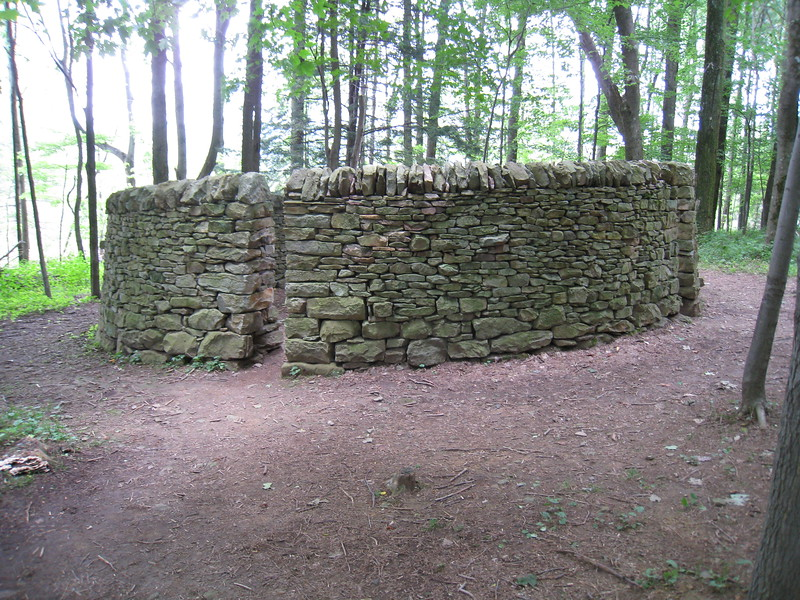 """Room"" sculpture (1992) by Andy Goldsworthy; Kentuck Knob sculpture meadow"