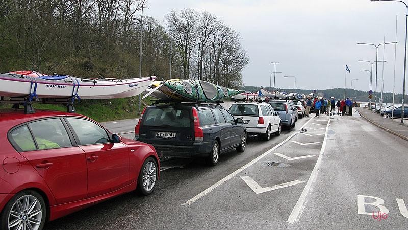 Färjkön bestod av kajaker idag, resten av Norrvikens ledare var oxå på språng.