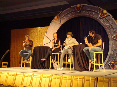 Cliff Simon (Ba'al), Andee Frizzell (Wraith queen), Corin Nemec (Jonas), Steve Bacic (Camulus and Major Coburn)