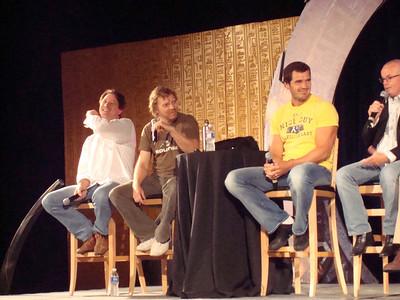 Garwin Sanford (Narim, Simon Wallis), Alex Zahara (a bunch of different Stargate characters), Dan Payne (Super Soldier, Wraith Warrior), Gary Jones (Sgt. Walter Davis/Harriman)