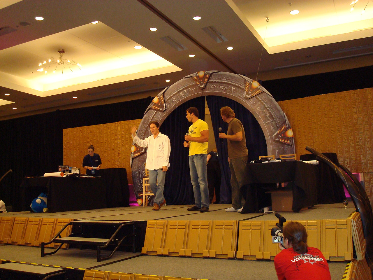 Auction. Garwin Sanford (Narim, Simon Wallis), Dan Payne (Super Soldier, Wraith Warrior), Alex Zahara (a bunch of different Stargate characters)