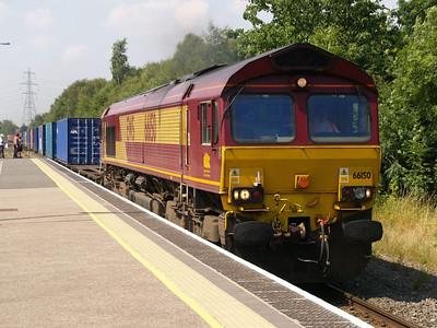 66150 1245/4m33 Southampton-Burton passes Water Orton 28/07/08