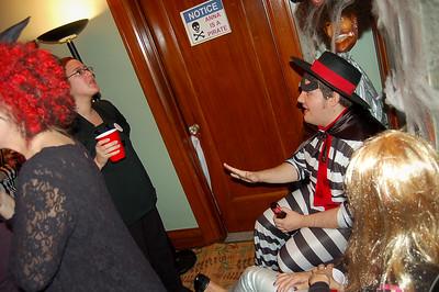 Sarah Palin chats with The Hamburgler