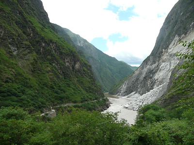 Tiger Leaping Gorge - Betty and John Leydon
