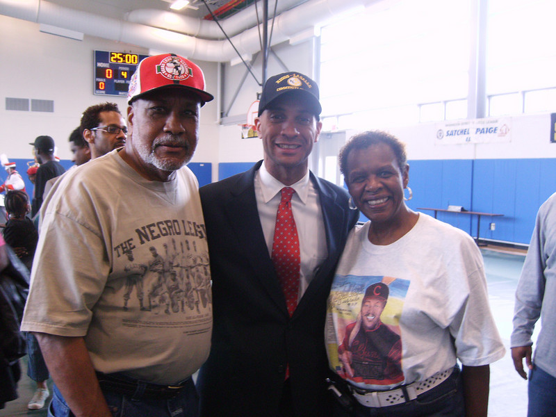 Delores & Latheian with Mayor Fenty